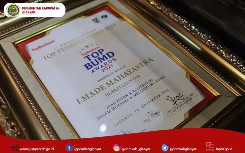 2 BUMD Gianyar Raih TOP BUMD Awards