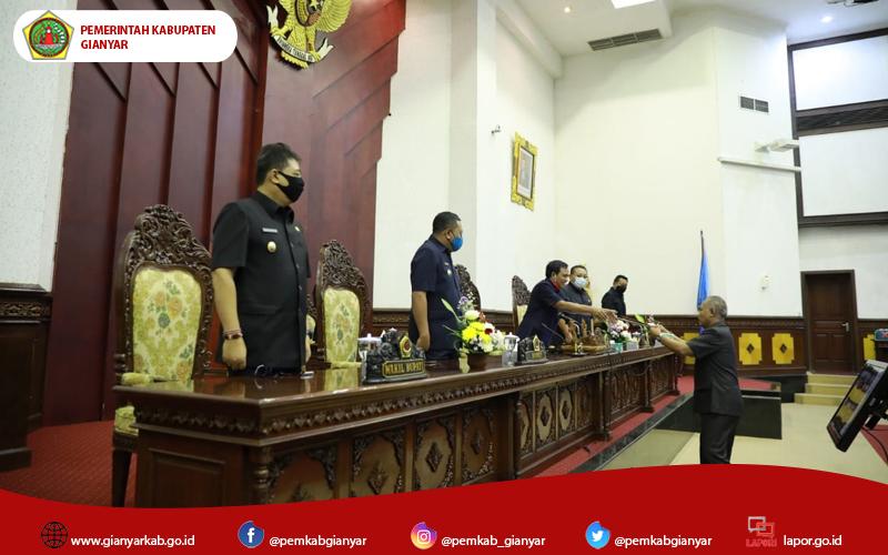 4 Fraksi DPRD Gianyar Sampaikan Pemandangan Umum