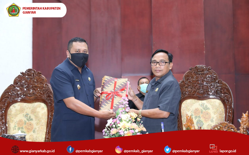 "Sinergi Pemkab Gianyar-DPRD Gianyar Susun Rancangan APBD 2021, Bupati Mahayastra, ""Tercepat dalam Sejarah Gianyar."""