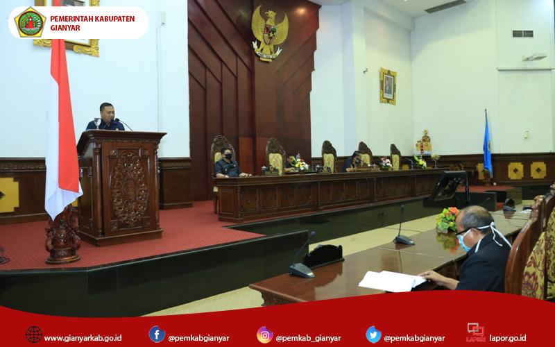 Bupati Mahayastra Jawab Pemandangan Umum Fraksi DPRD Gianyar