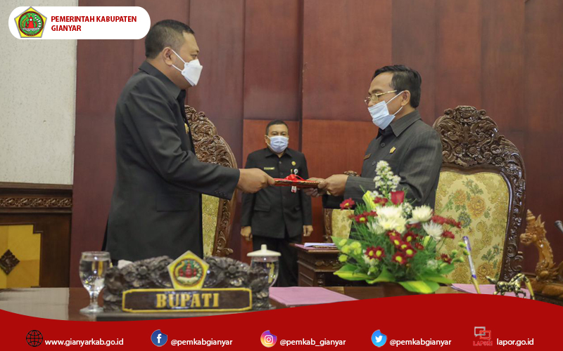 DPRD Gianyar Sampaikan Rekomendasi Terkait LKPJ Bupati